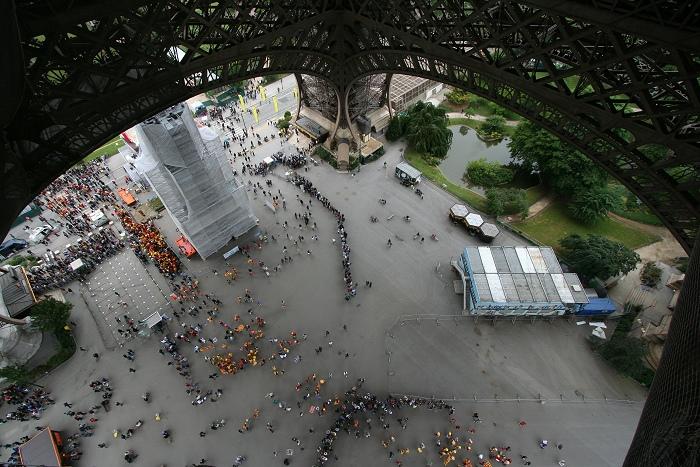 På vei opp et jævla høyt tårn i Paris