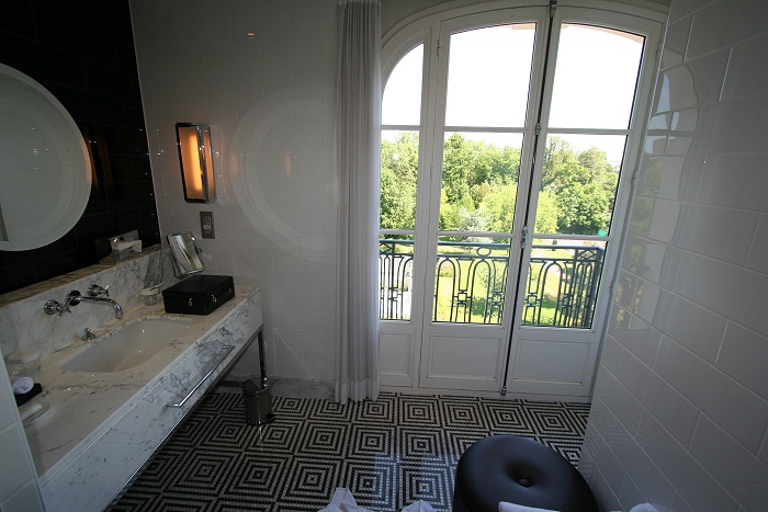 Egen balkong på badet naturligvis!